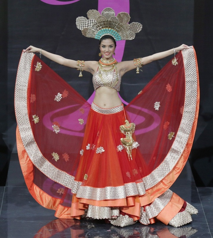 Manasi Moghe in National Costume